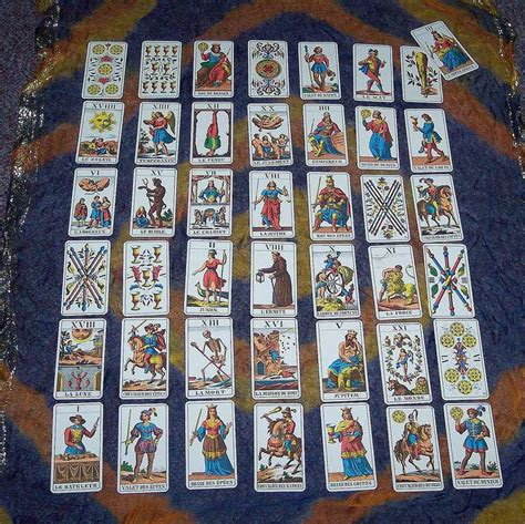 Tarot Spreads - Layouts for your Tarot Card Readings