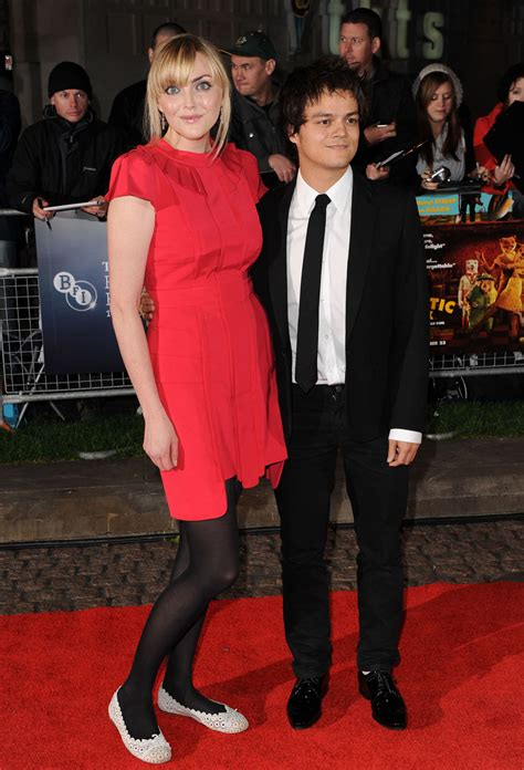 Celebrity Couples With Height Difference You Can't Miss