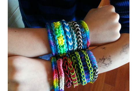 Rainbow Looms: Kids crafts that parents like - CSMonitor