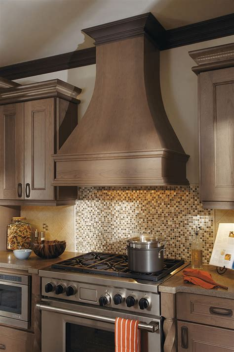 Concave Wood Hood - Omega Cabinetry